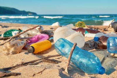 Inquinamento da plastica: Etica Sgr in prima linea