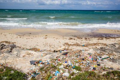 Inquinamento da plastica mar mediterraneo
