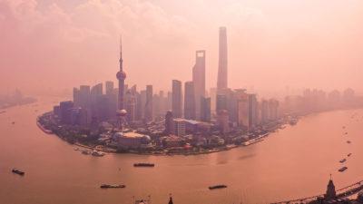 Emissioni zero - Cina, Shangai dall'alto con inquinamento