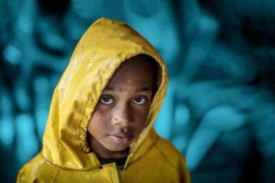 la crisi climatica lede i diritti dei bambini